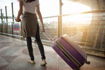 Advantages and Disadvantages of Traveling